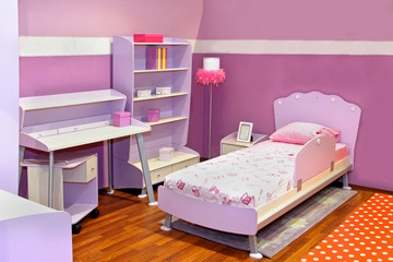 Lilac girl bedroom
