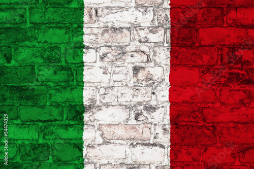 flag of italy graphic on brick background