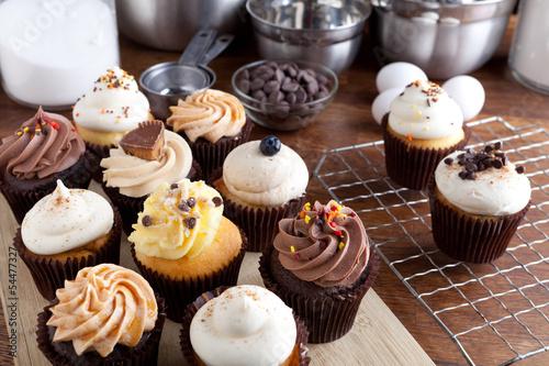 Foto op Canvas Bakkerij Fancy Cupcakes Frosted