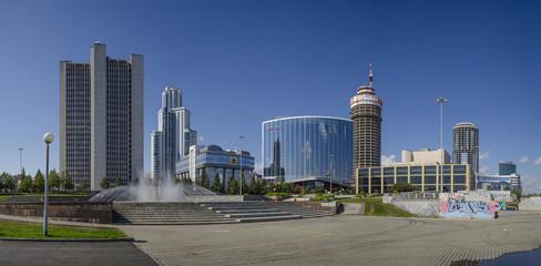 Yekaterinburg. Oktyabrskaya Square. Regional administration.