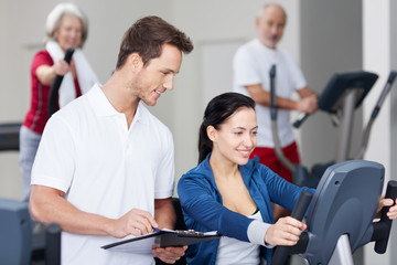 Beratung im Fitnessstudio