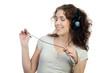 jugendliche entspannt beim musik hören