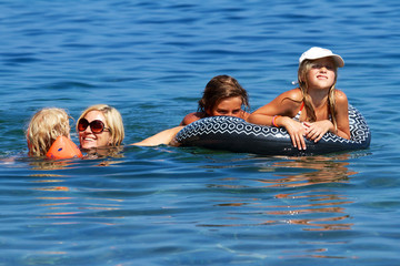 Familie im Meer