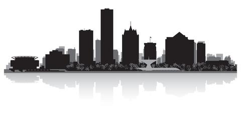 Milwaukee city skyline silhouette