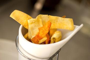 Chips, pommes de terre, frit, friture, patates, snacks