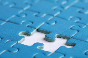 Konzeptbild fehlendes Stück in einem Puzzle