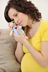 donna maternità dolcezza