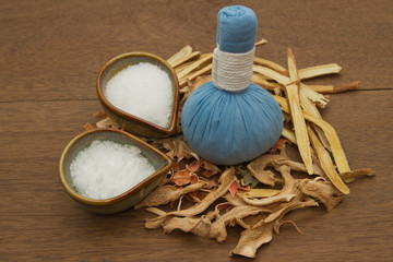 Herbal compress ball for spa aroma treatment