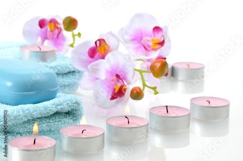 fototapete wellness blau orchideen kerzen seife handtuch. Black Bedroom Furniture Sets. Home Design Ideas