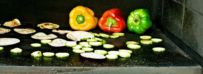 verdure su pietra lavica