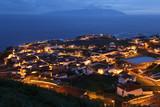 Panorama der Insel Corvo Azoren Portugal bei Nacht