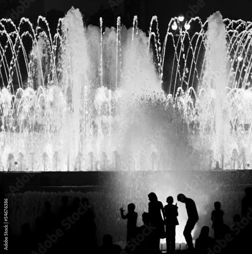 Kids against fountain