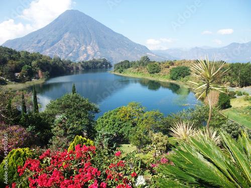 Fotobehang Centraal-Amerika Landen Atitlan See Guatemala