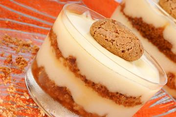 Vanilla custard and amaretti dessert