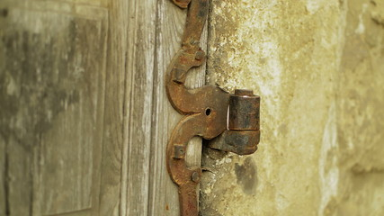 medieval architectural detail hinge tilt up