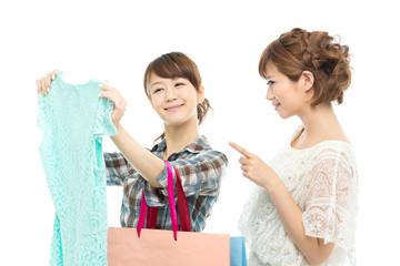 買物をする女性達