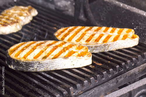 cooking fish grilled salmon steak