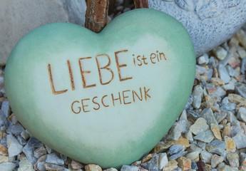 Liebe ist ein Geschenk - Herz
