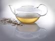 volle Teekanne mit Dekoration