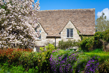 Quaint English Country Cottage