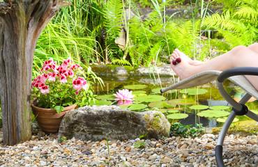 Auszeit, Relaxen am Gartenteich
