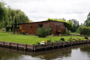 Cabane/chalet sur les îlots des hortillonages d'Amiens