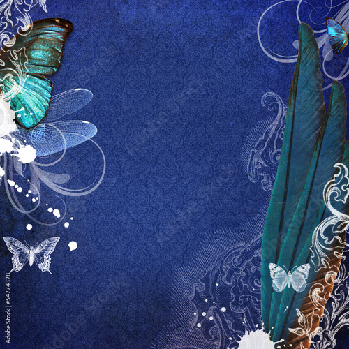 Vintage grunge background with wings