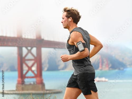 Poster Running man - male runner in San Francisco