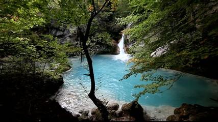 Cascada y lago.Parque de Urbasa-Andia.Navarra.