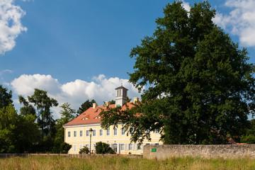 Wagner Museum mit alter Eiche