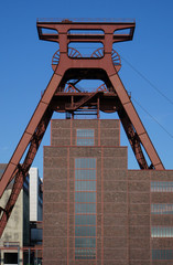 Förderturm einer alten Zeche im Ruhrgebiet