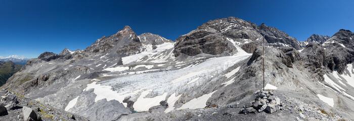 Monte Zebrù (3740 mt.) con ghiacciaio - Alta Valtellina