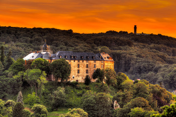 Schloss Blankenburg im Sonnenuntergang