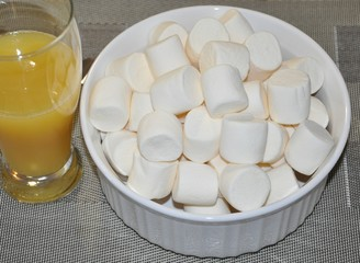 Marshmallow and juice