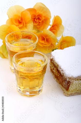 Torta diplomatica con liquore