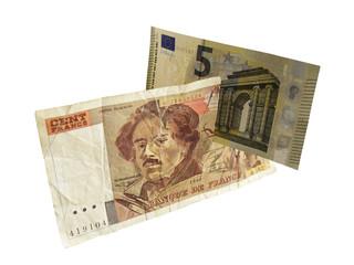 французские 100 франков режутся купюрой в 5 евро