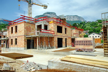chantier-immeuble en construction