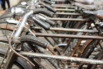 Timos de bicicleta vieja