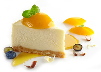 cheesecake with peaches