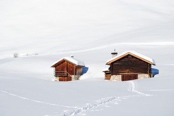 Casette legno neve inverno