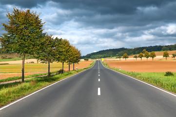 Straße, Fahrbahn, Verkehrswege, Landschaft