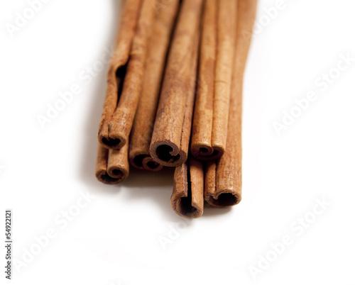battons de cannelle aromates