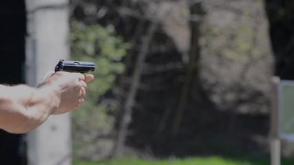firing makarov 9mm pistol