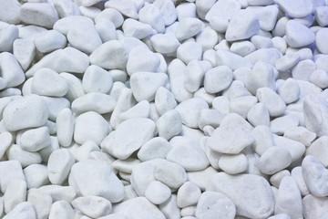 Piedras naturales blancas