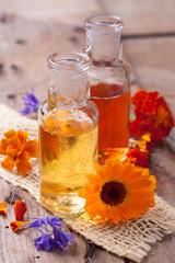 Behandlung mit natürlichen Extrakten