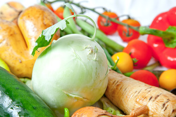 Kohlrabi und anderes Gemüse