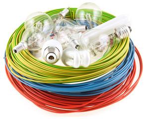 câbles et ampoules électriques