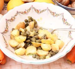 Kartoffelsalat mit Kapern