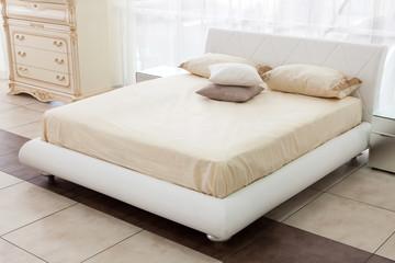 Modern italian style bedroom