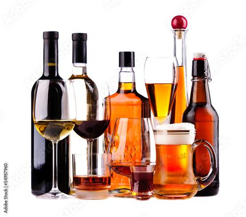 Papiers peints Bar Different alcoholic drinks